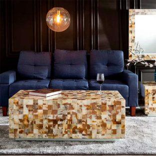 Mesa centro mosaico de piezas de asta natural ambiente