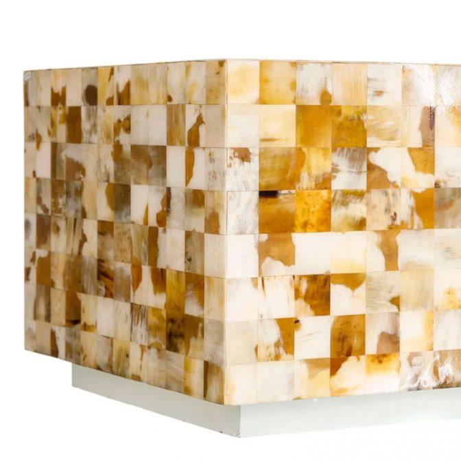 Mesa centro mosaico de piezas de asta natural detalle base